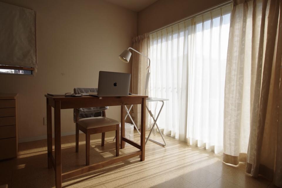 「オンライン授業」から、居心地のよい住まいに思いを馳せる・1