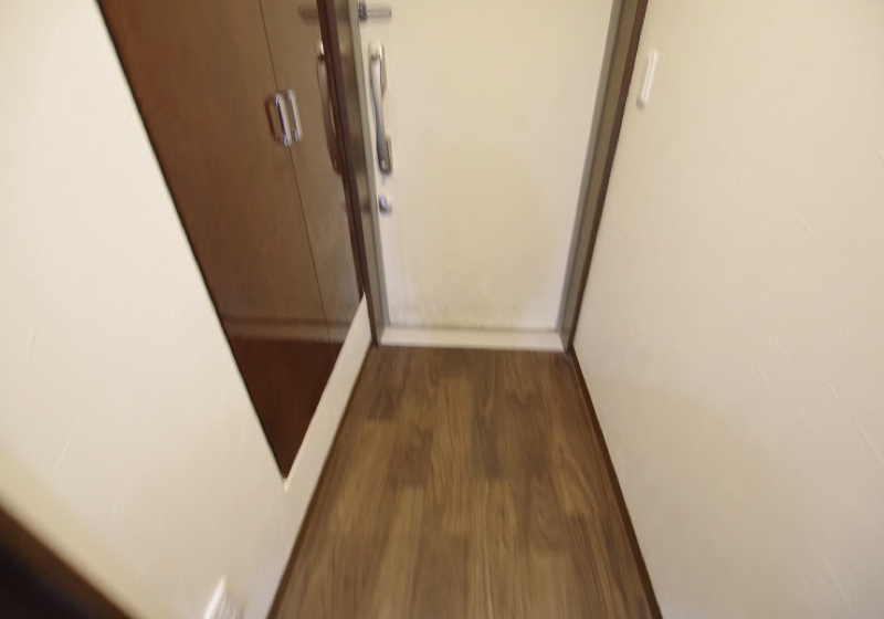 マンション玄関ドアの敷居段差(3)6cmの段差