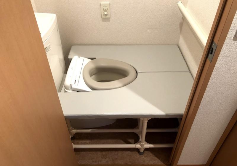 賃貸マンションの狭いトイレを、お座敷トイレに