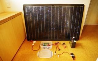 太陽電池モジュールを利用した、バッテリー充電の実験回路