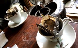 解体木材が「コーヒー」になるという話と、コーヒーが「木」を育てるという話