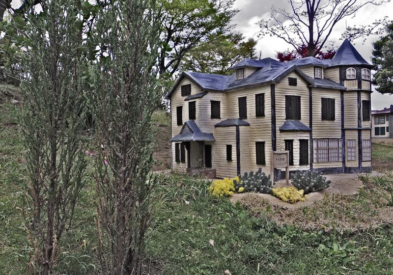 「外交官の家」「ブラフ18番館」と「小さな西洋館の丘」