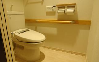 マンションのトイレ、最低限のバリアフリーリフォーム