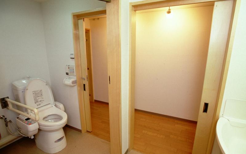 『水回りをワンルームに』車いすを想定したマンションリフォーム(4)