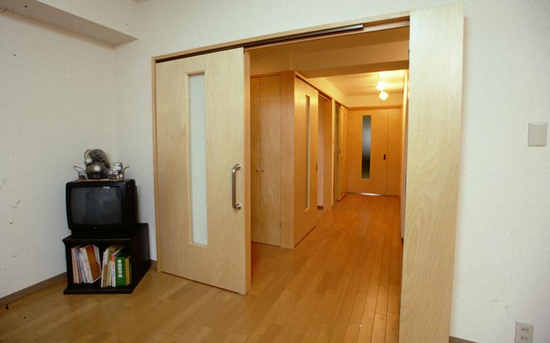 『ベッドを置く場所を、選択できる自由があること』車いすを想定したマンションリフォーム(3)