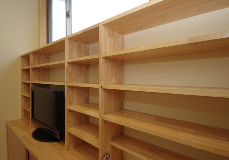 ライティングデスク(折りたたみの机)の付いた本棚