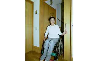 介護保険5 - ドア→引き戸 難しい改修
