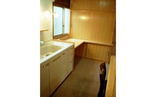 台所(2)- 高さや配置慣れた所は変えず